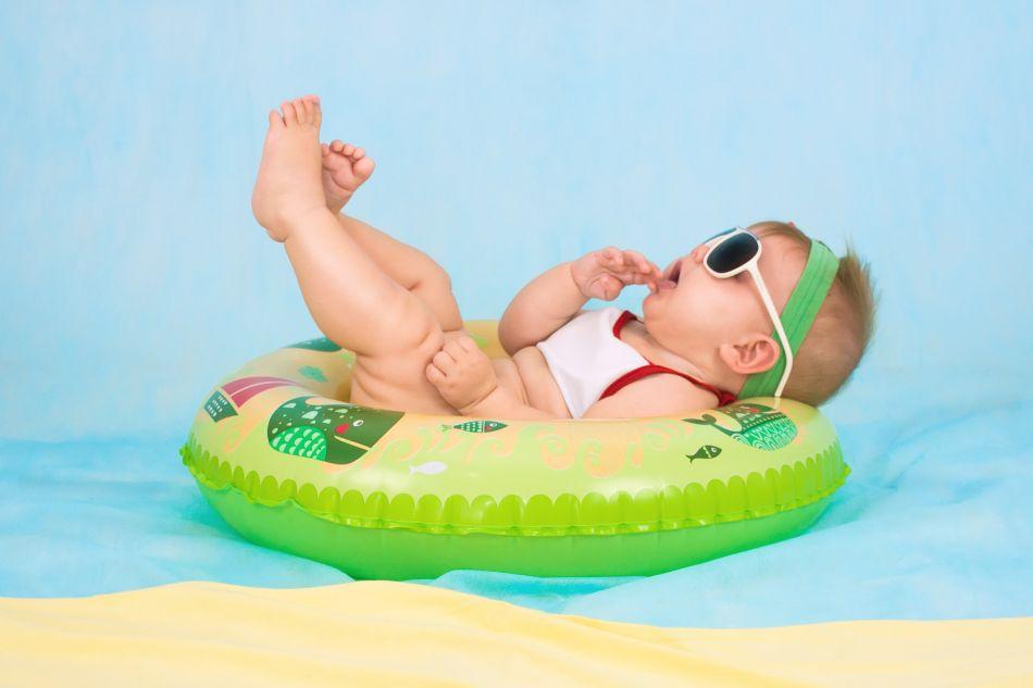 Înotul pentru bebelusi - ce trebuie sa stii ca parinte înainte de a-ti înscrie bebelusul la înot, autor George Stefanica