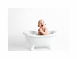 Cateva exercitii pe care le putem face cu bebelusii nostri in aceasta perioada, autor George Stefanica