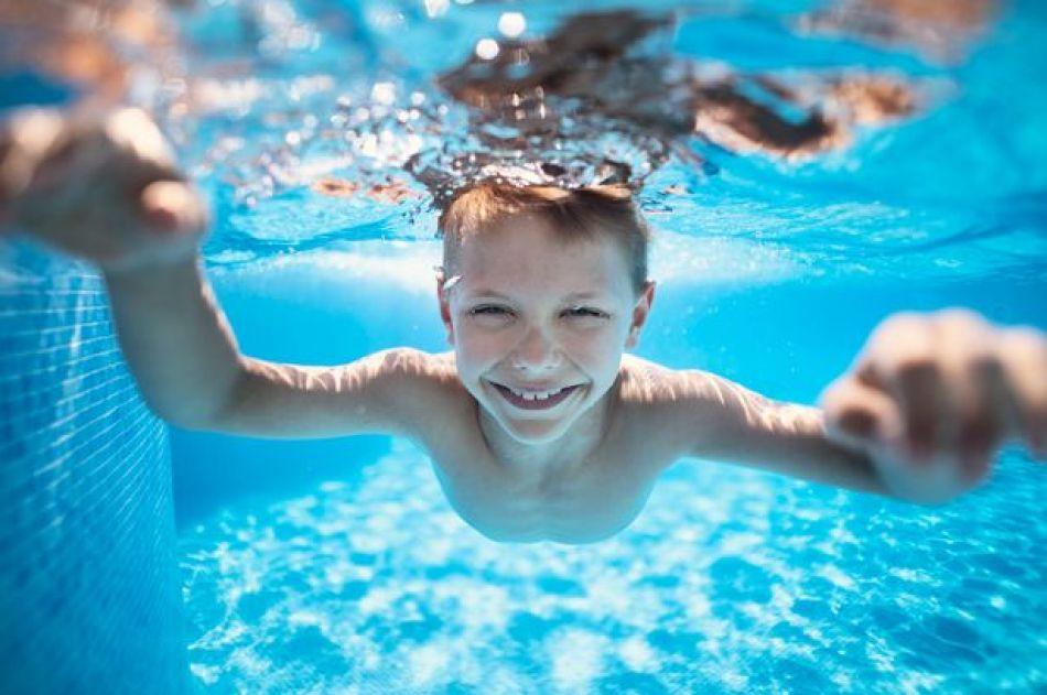 Înotul este pentru toti, autor Marius Tuinea